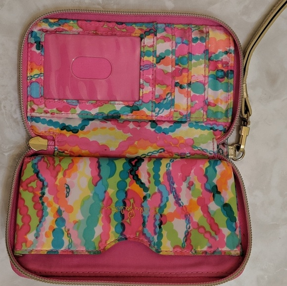 Lilly Pulitzer Accessories - Lilly Pulitzer Wristlet